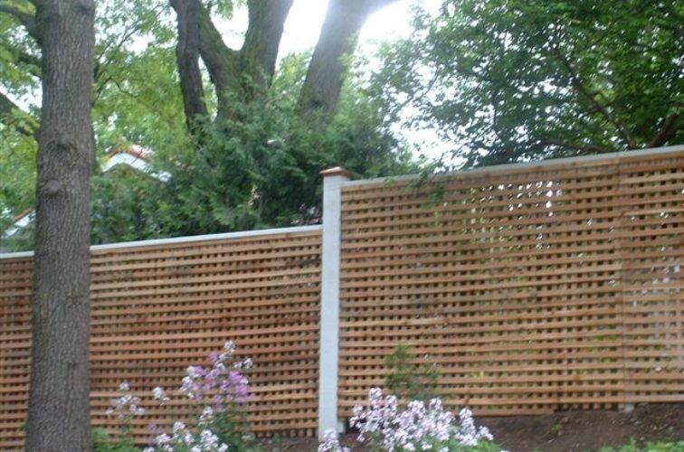 AFC Cedar Rapids - Wood Fencing, 1027 Lattice fence