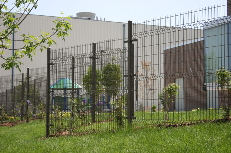 AFC Cedar Rapids - Woven & Welded Wire Fencing, 1237 Omega