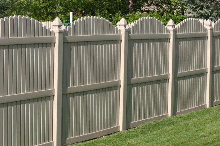 AFC Cedar Rapids - Vinyl Fencing, 6' overscallop picket tan 555