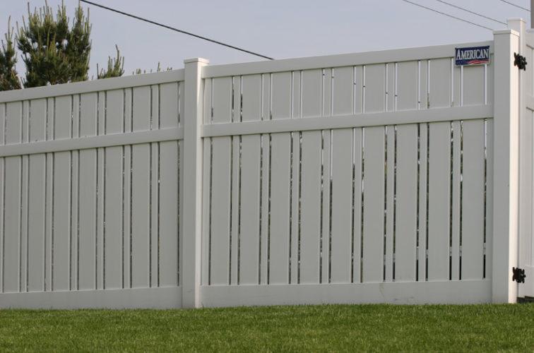 AFC Cedar Rapids - Vinyl Fencing, 6' Alternating Picket 577
