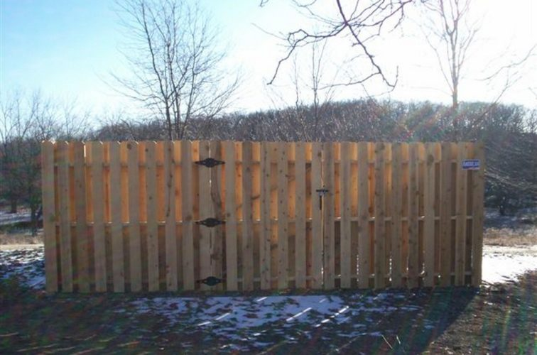 AFC Cedar Rapids - Wood Fencing, 6' Board on Board - AFC - IA