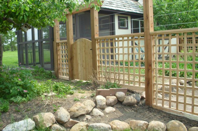 AFC Cedar Rapids - Wood Fencing, Custom Garden Fence AFC, SD