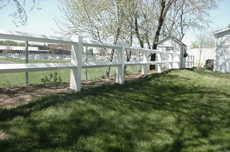 AFC Cedar Rapids - Vinyl Fencing, MVC-007F