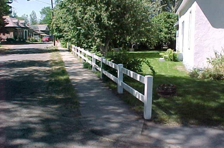 AFC Cedar Rapids - Vinyl Fencing, MVC-010S