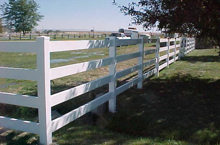 AFC Cedar Rapids - Vinyl Fencing, MVC-017S
