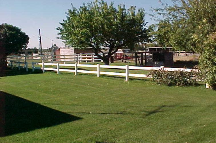 AFC Cedar Rapids - Vinyl Fencing, MVC-025S