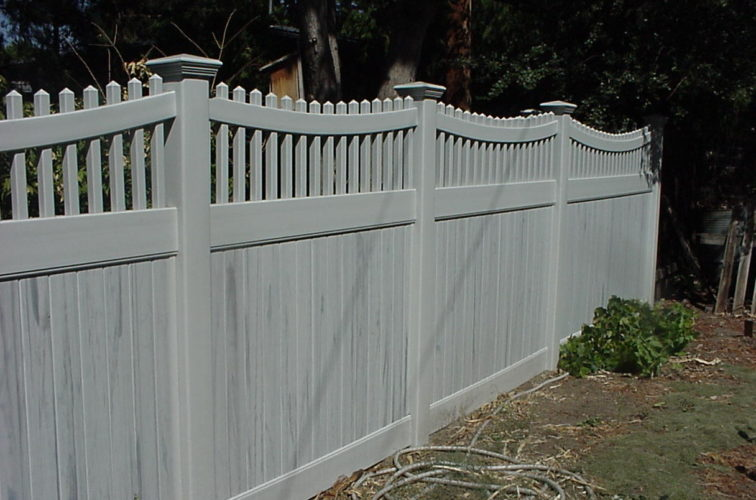 AFC Cedar Rapids - Vinyl Fencing, Privacy with Sloped Rail Picket Accent 703