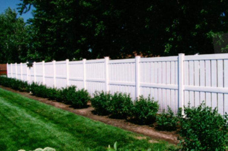 AFC Cedar Rapids - Vinyl Fencing, Semi Privacy (826)