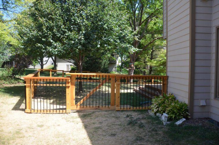 AFC Cedar Rapids - Wood Fencing, Woodland Series - Gardens Grace - AFC - IA